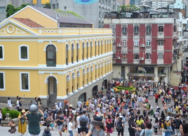 Popular square (Macau, 2017)