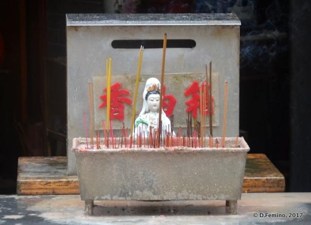 Small altar (Macau, 2017)