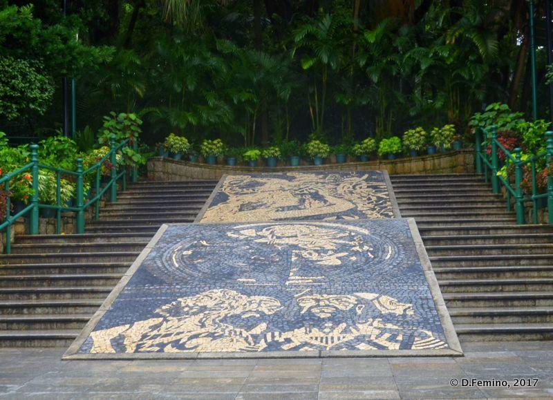 Entrance of Luis de Camões gardens (Macau, 2017)