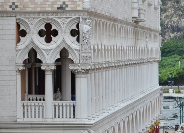 Venetian style façade (Macau, 2017)