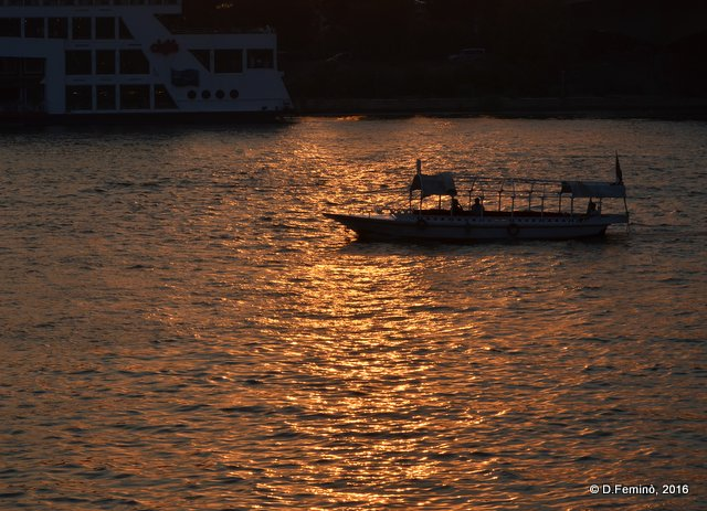 Boat floating on the nile at sunset (Cairo, Egypt, 2016)