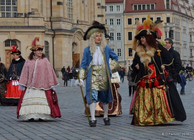 Figurants in ancient dresses (Dresden, Germany, 2016)