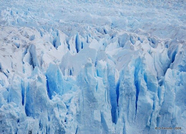 Blue ice (Perito Moreno, Argentina, 2009)