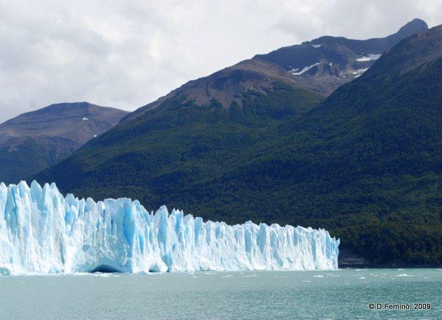 A postcard from Perito Moreno (Argentina, 2009)