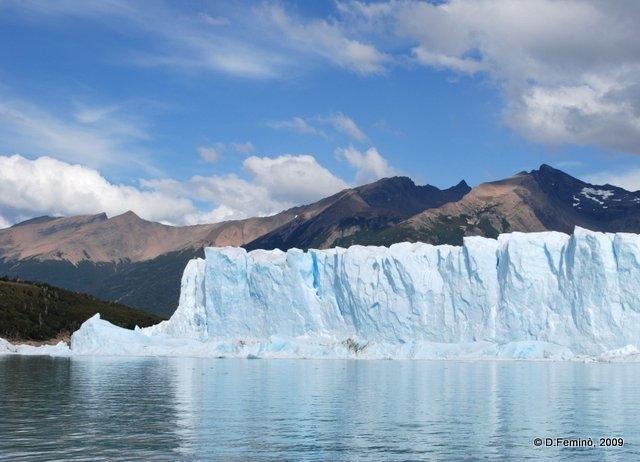 View of los glaciares park (Perito Moreno, Argentina, 2009)