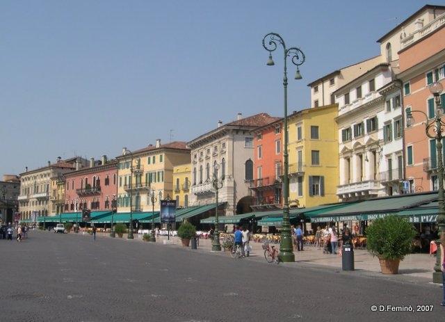 Piazza delle Erbe (Verona, Italy, 2007)