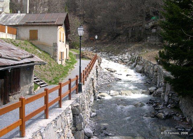 Creek in the village (Leukerbad, Switzerland, 2006)