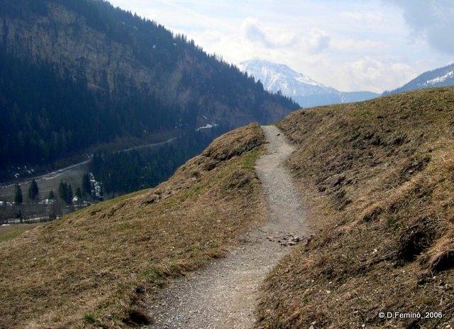 Walking on the mountains (Leukerbad, Switzerland, 2006)