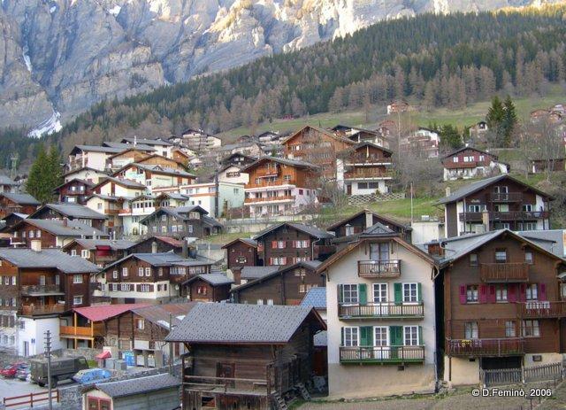 Mountain-style houses (Leukerbad, Switzerland, 2006)