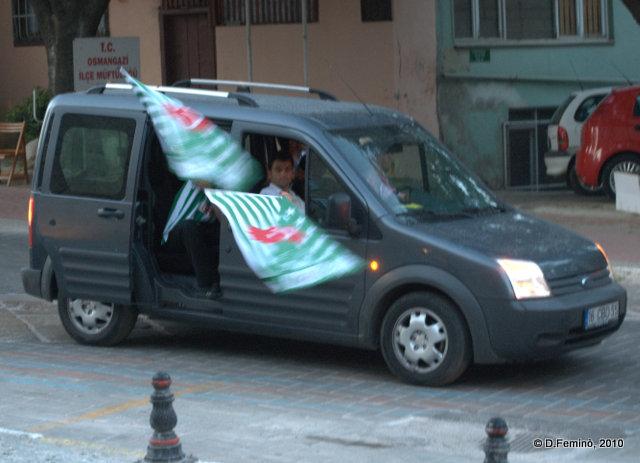 Flags from the car (Bursa, Turkey, 2010)