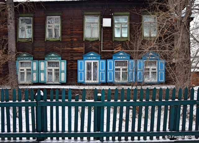 Siberian-style windows (Ulan-Ude, Russia, 2021)