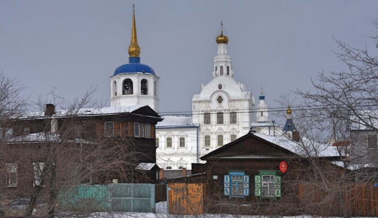 Houses and cathedral (Ulan-Ude, Russia, 2021)