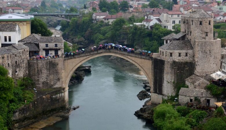 Old bridge in a rainy day (Mostar, Bosnia, 2017)