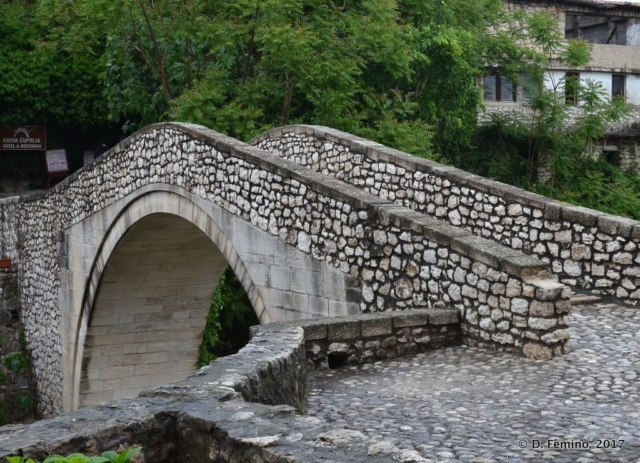 Kriva cuprija bridge (Mostar, Bosnia, 2017)