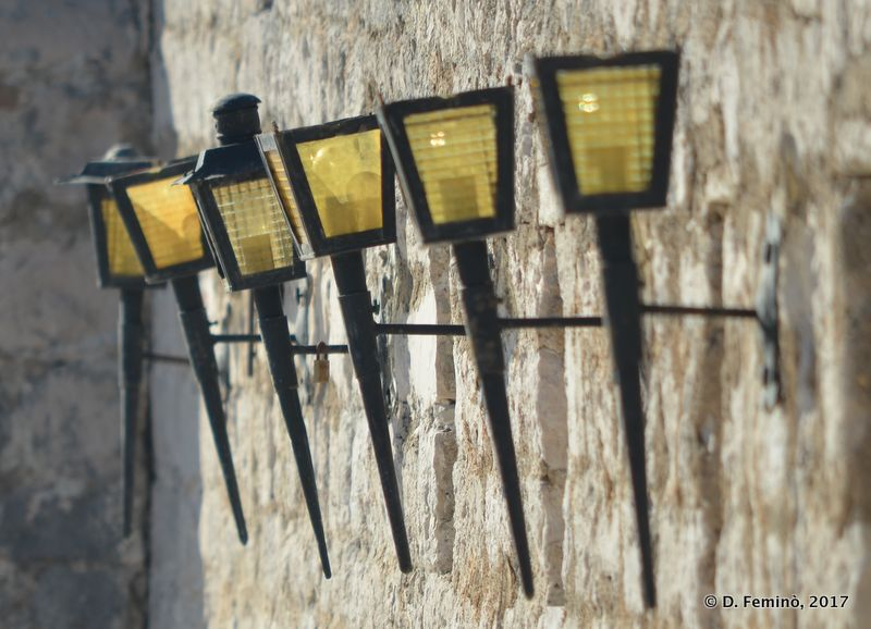 Lamps in the fortress (Hvar, Croatia, 2017)