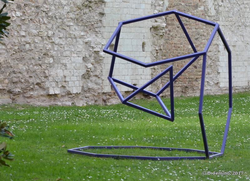 Modern art (Padua, Italy, 2017)